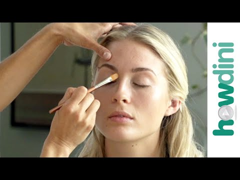 Natural Makeup Look: How to Look Great with Mineral Makeup