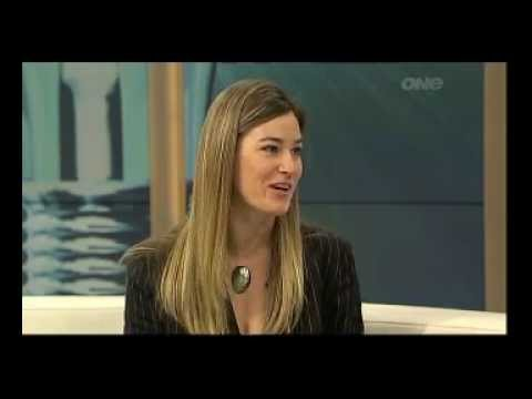 Amanda Morrall on Goodmorning show talking on how to buy power companies shares