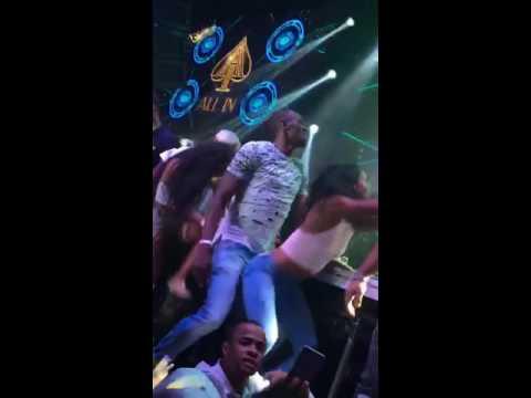 Usain bolt dancing to Rihanna's work