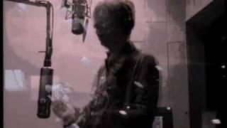 Velvet Underground cover Bass: Joey Waronker Drums: Nigel Godrich G...