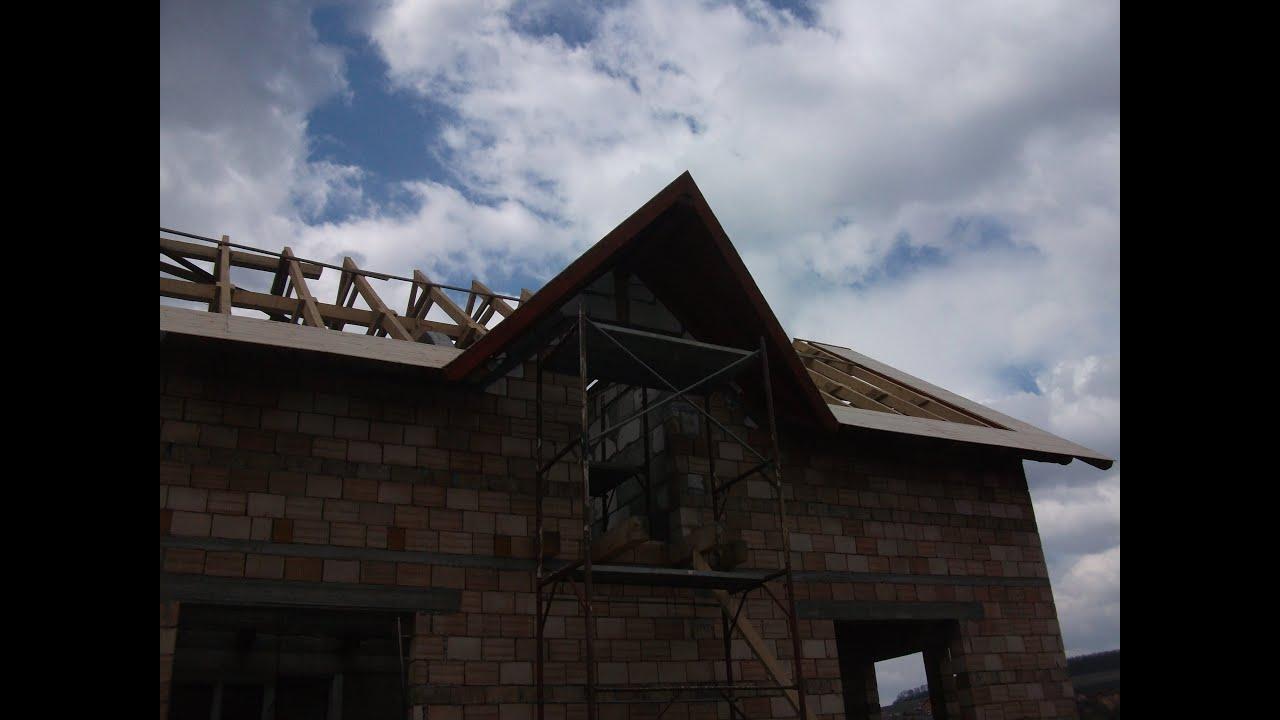Constructia unui acoperis in doua ape