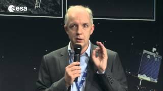 Philae landing: lander status and first descent image