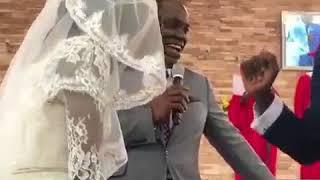 This groom is so extra 😂🤣 Жених мочит коры