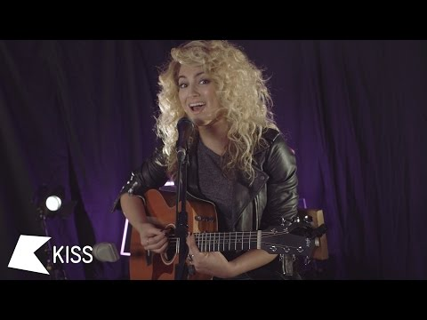 Tori Kelly - P.Y.T. (Michael Jackson Cover) | KISS Live Session