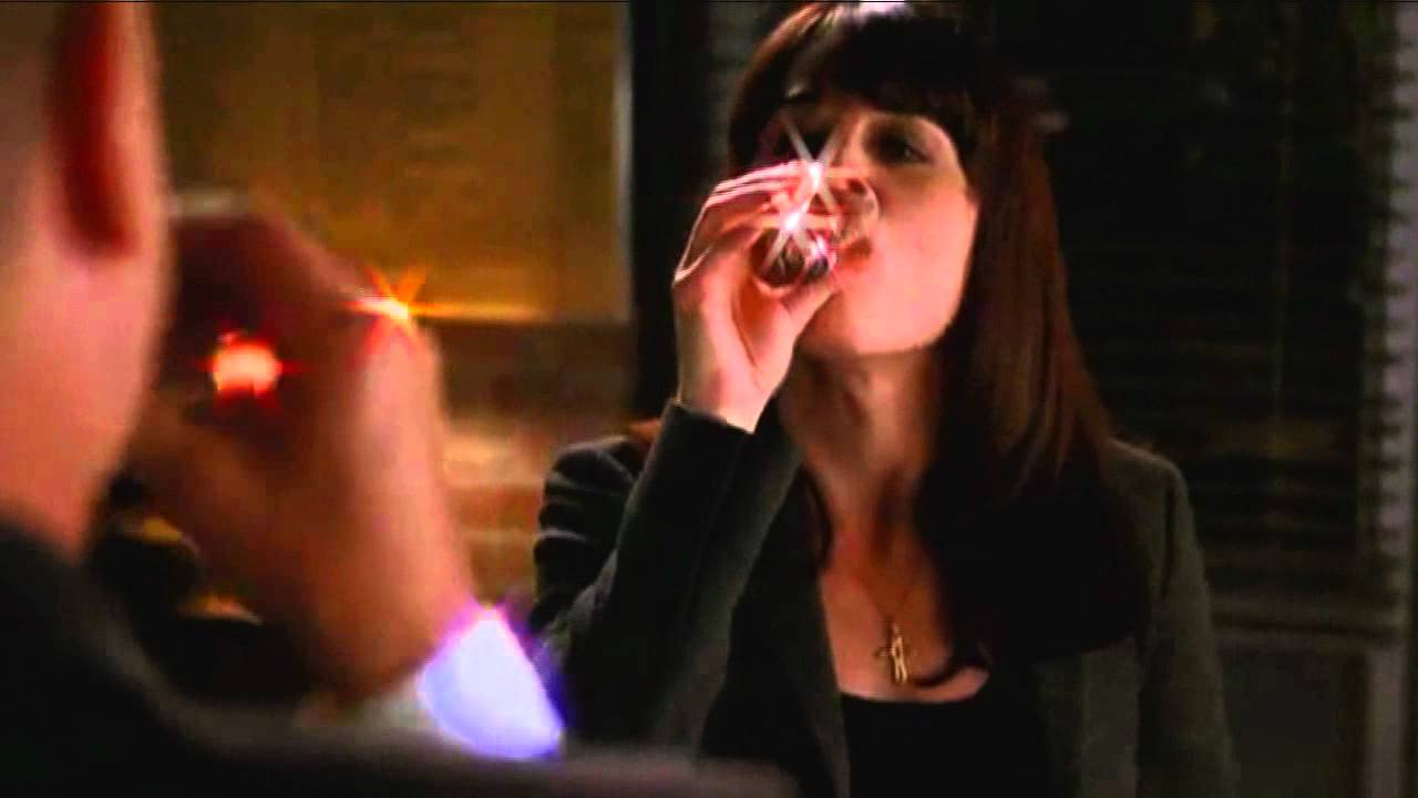 Teresa Lisbon -- Short Skirt/Long Jacket - YouTube