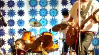 Cover images 3 years old Howard Wong playing drum on 神秘行星