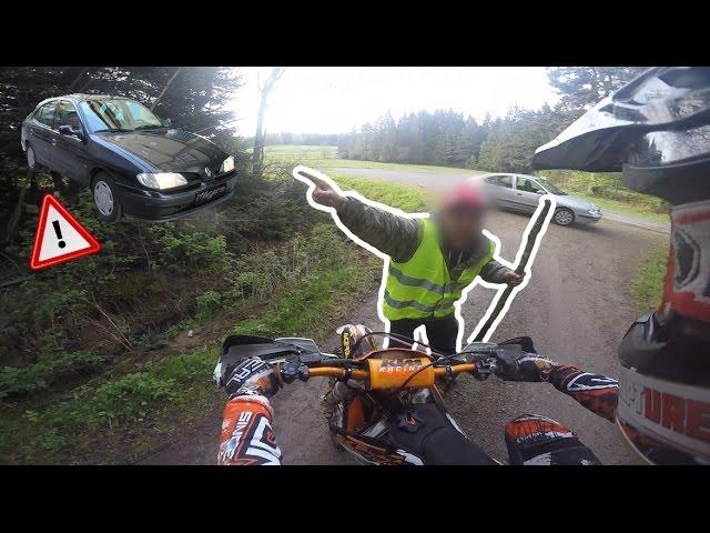 UN FOU M'AGRESSE EN MOTO - Course poursuite - ROAD RAGE