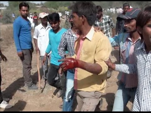 Mob Attack 5 People at Odhav Ring Road, Ahmedabad