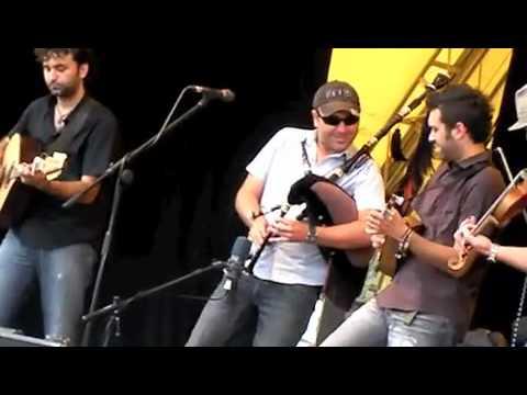 Anxo Lorenzo live at Trowbridge 2010 (C) Ian Smith @ frusion