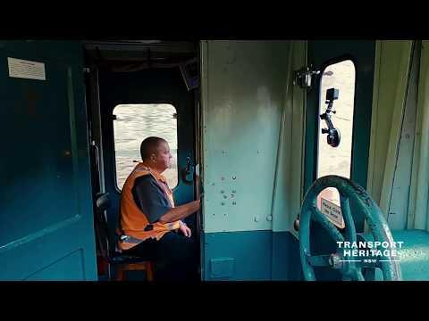 Vintage Electric Train Ride - City To North Sydney & Lavender Bay