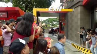 Anne Curtis-Smith arrival at Jollibee 1,000 Stores