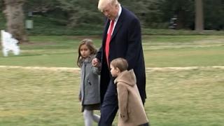 بالفيديو.. ترامب يغادر البيت الأبيض بصحبة أحفاده للمرة الأولى