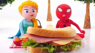 FROZEN ELSA  SPIDERMAN EAT GIANT SANDWICH   Superhero Babies Play Doh Cartoons For Kids