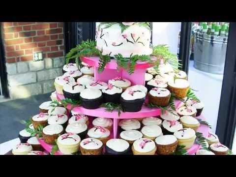 Торты на свадьбу из капкейков: красиво и практично!