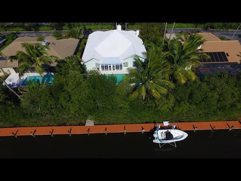 8394 SE Lagoon Drive Hobe Sound FL Illustrated Properties