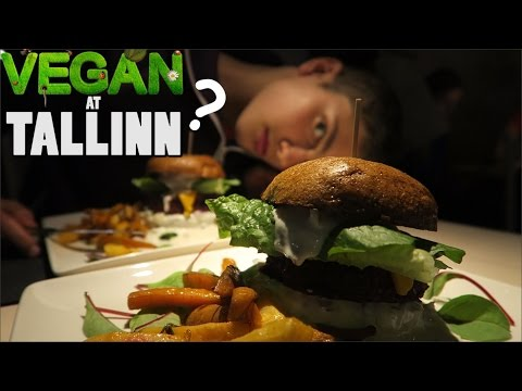 VEGAN BOYS AT TALLINN VLOG!