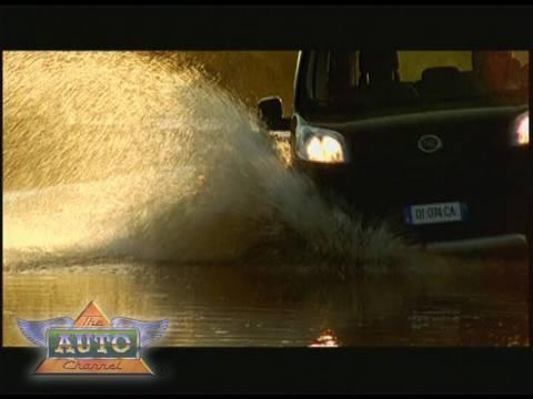 New Fiat Qubo Trekking Video