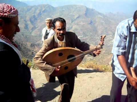 Yemeni Man Singing For Money (Al Meshwara, Ibb, Yemen)