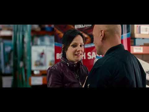 Download Red 2 2013 Hollywood Action Movie 720p Blu Ray x264 Dual Audio English 5 1 + Hindi