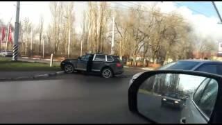 """Водитель """"Porsche Cayenne"""" спровоцировал ДТП с двумя пострадавшими"""