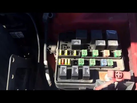 2004 Dodge Stratus Main Fuse Box Location - YouTubeYouTube