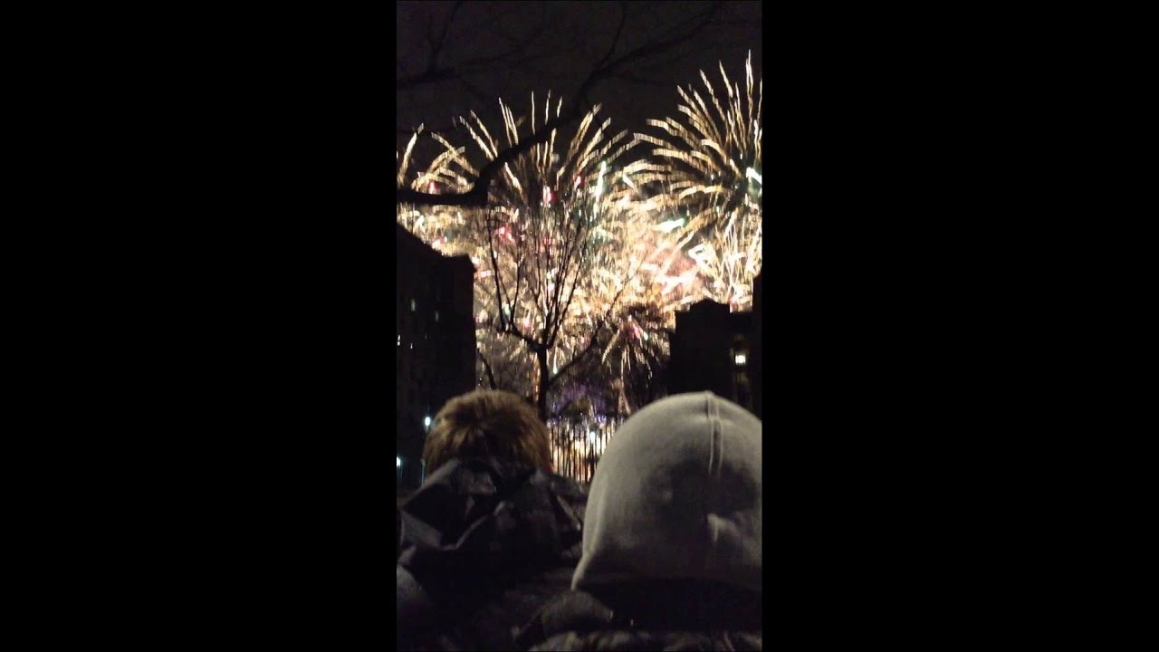 London new year fireworks welcome 2014 - YouTube