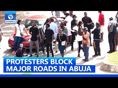 Protesters Block Major Roads In Abuja, Insists On Police Reforms