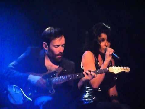 """""""L'Amour & Moi"""" - JENIFER Live Zenith Omega Toulon"""
