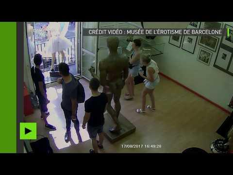 (VIDEO INTEGRALE) Attentat de Barcelone : l'attaque captée depuis la caméra de surveillance
