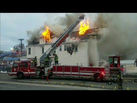 Passic Nj FD 4th Alarm Fire (King of Delancey deli) W/Entrapment 4-18-18 P-2