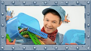 Thomas and Friends - Building and Testing Amazing Racing Track