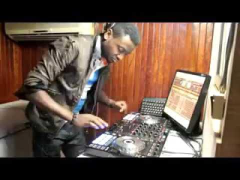DJ CHRISTIAN BOBBY 1er DEMO-MIX NAIJA