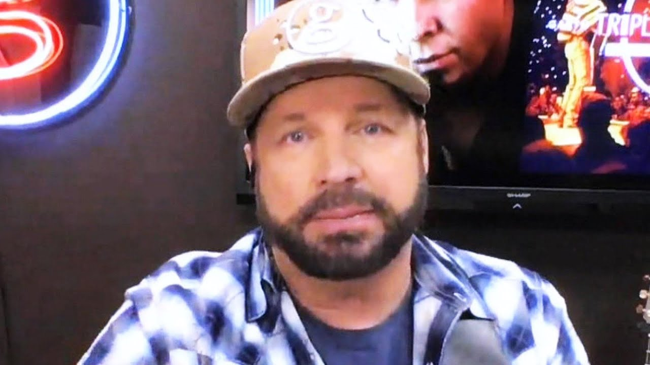 Garth Brooks Cancels His Family's Thanksgiving Plans