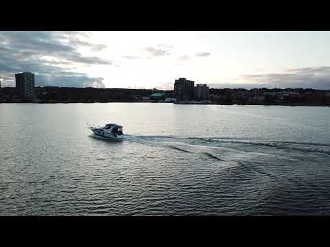 High Flying Friday....Speed Boat Chasing with the DJI Mavic
