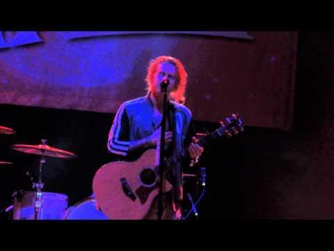 We The Kings - Sad Song (live) 3/15/2014