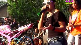 Video ISTIMEWA NORMA SILVIA ROMANSA LIVE BANJARAN KEBUK SPARTAN download MP3, 3GP, MP4, WEBM, AVI, FLV November 2018
