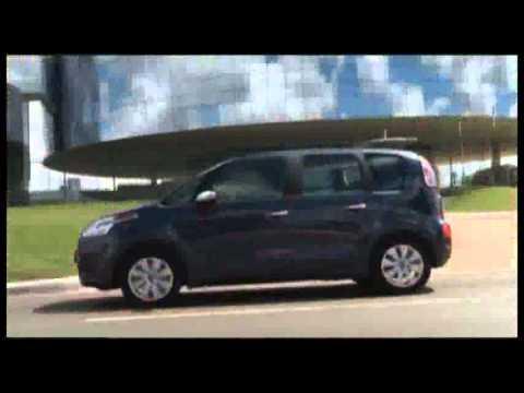 Nuova C3 Picasso, grande auto, scattante e veramente bella