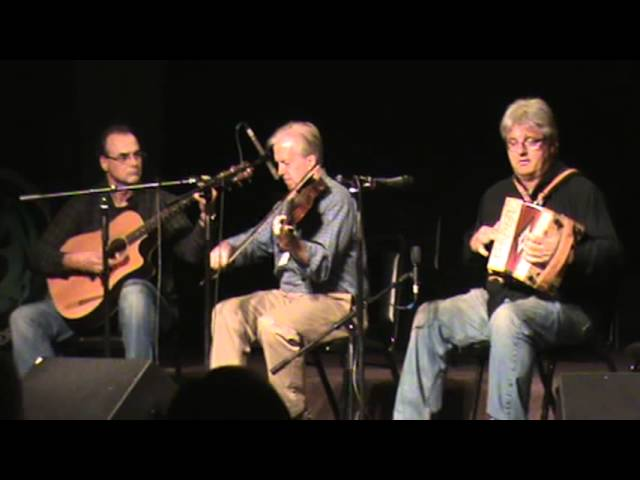 Brian Conway and John Whelan: Part 1, with Don Penzien - O'Flaherty Irish Music Retreat 2012
