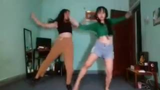 Astha Rai dancing on Meri bechaini ko Chain mil jaaye