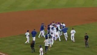 MLB: Ethier laces a single to left to win it