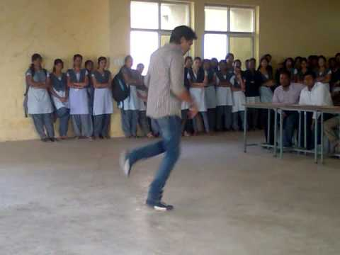 VIVTECH COLLEGE STUDENT DANCE UPLOADED BY HEMANANDA
