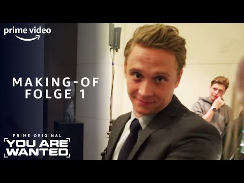 Matthias Schweighöfers Tipp an Model Toni Garrn | You Are Wanted Making-of | Amazon Prime Video