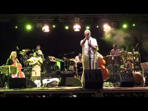 Orchestra di Piazza Vittorio - Mambo de Machahuai (Live)