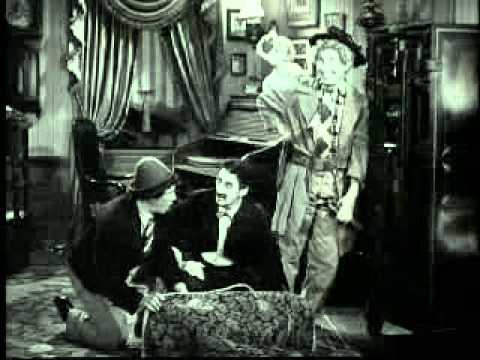 """Marx Brothers: """"Go West"""" Breaking Open The Safe"""
