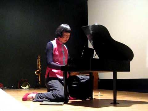 Margaret Leng Tan Plays Somei Satoh Litania