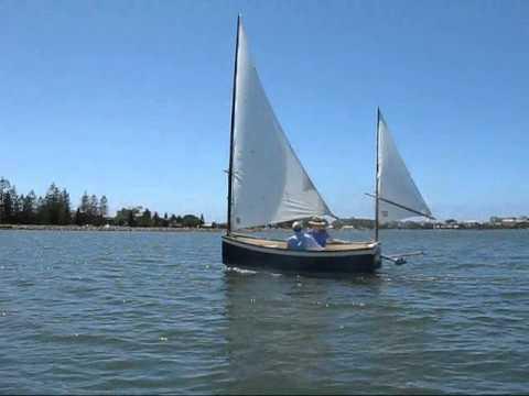 """Bolger designed """"Oldshoe"""" sailing - YouTube"""