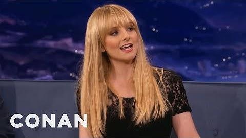 "Melissa Rauch's Accidental ""Big Bang Theory"" Masturbation Scene"