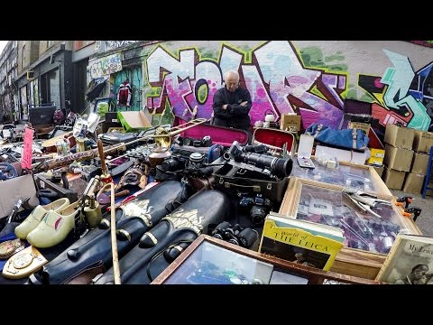 London Travel. A Walk Around the Flea Markets and the Graffiti of Brick Lane