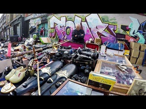 London Travel. A Walk Around the Flea Markets and the Graffiti of Brick Lane