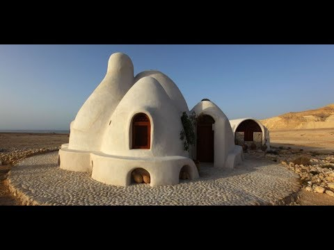 AWESOME HOMES MADE OF MUD! | DIY House of Earth